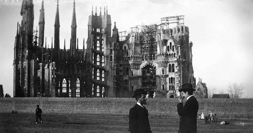 1905_Sagrada Família.jpg