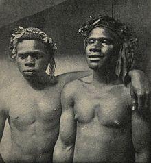 220px-Loyalty_Islanders_employed_as_sailors_on_the_New_Caledonian_coast,_c._1906.jpg
