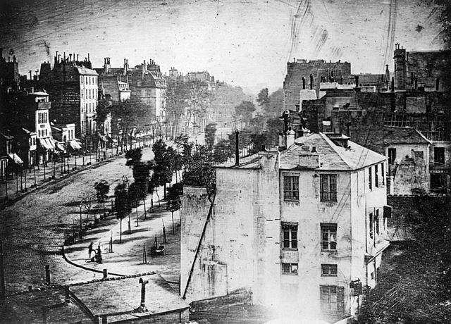640px-Boulevard_du_Temple_by_Daguerre.jpg