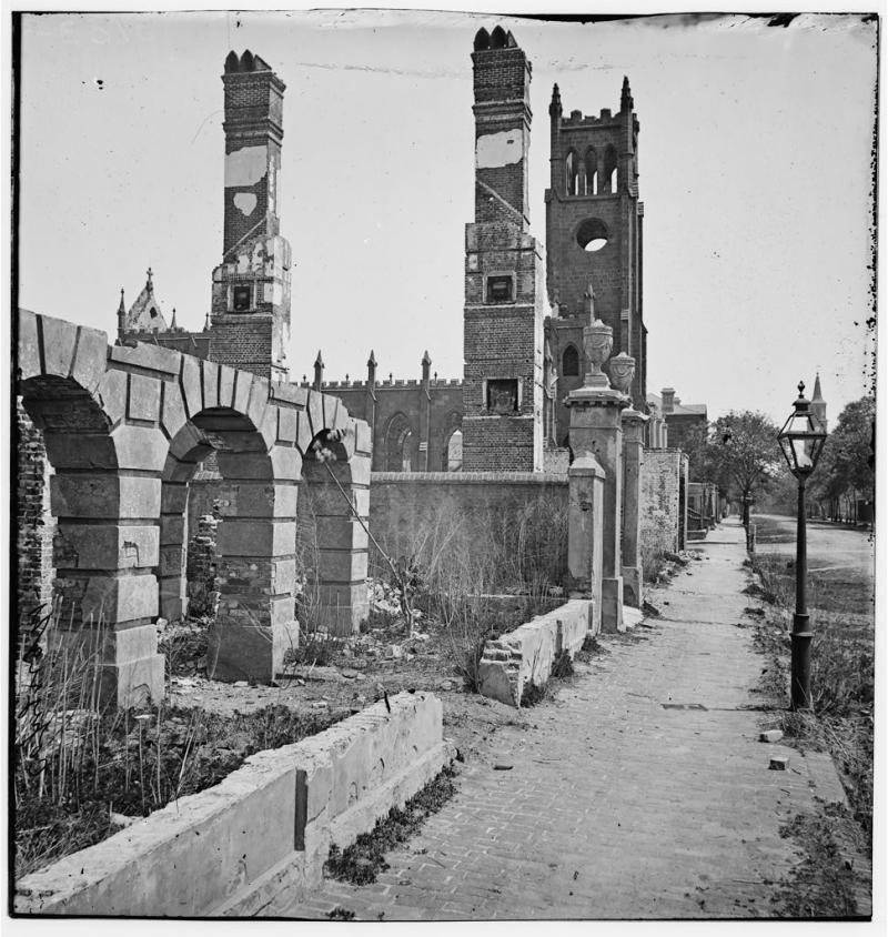 Broad_Street_Charleston_South_Carolina_1865.jpg