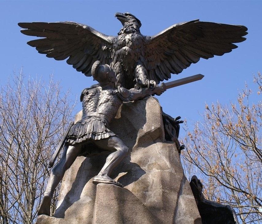 monument2.jpg