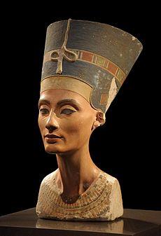 Nefertiti_Bust.jpg