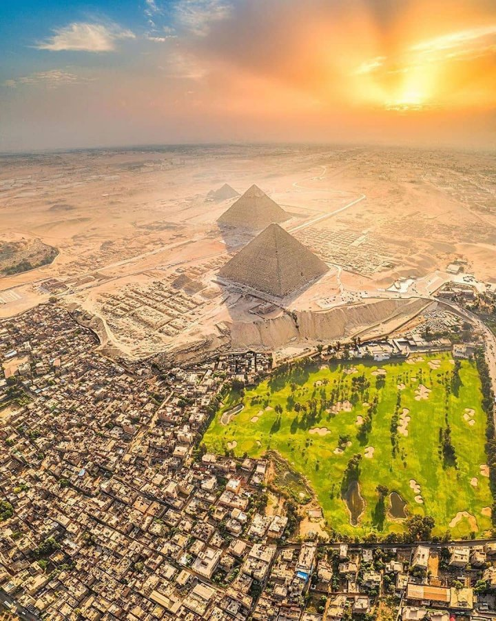 pyramids-of-giza-cairo-egypt-most-beautiful-picture-1574173444k8n4g.jpg