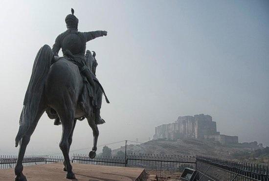 rao-jodha-ji-statue-and.jpg