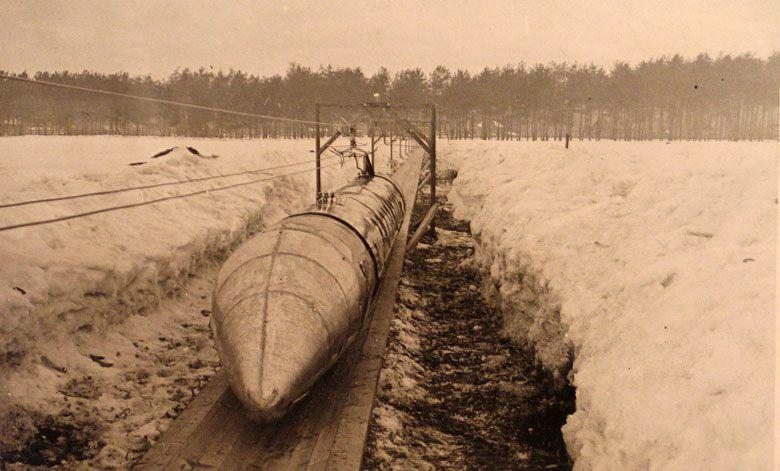 Russian_Steel_ball_train_2.jpg