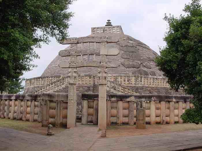 Sanchi-Stupa.jpg