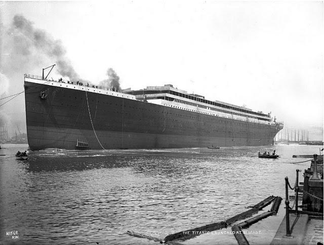 the-building-of-titanic.jpg