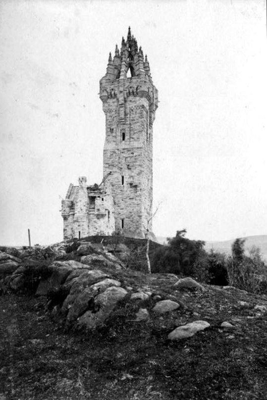 The National Wallace Monument in Stirling nearing the end of it construction in 1868-69.jpg
