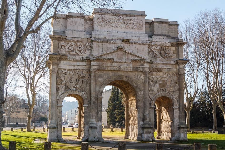 Triumphal-Arch-of-Orange.jpg