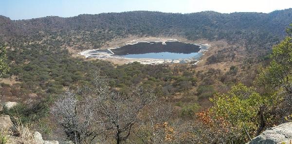 Tswaing_crater.jpg