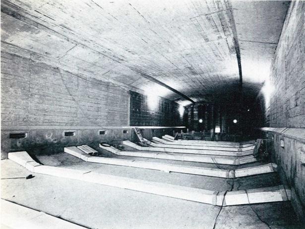 Vieux-Port Tunnel.jpg