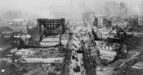 San-Francisco-1906-Smoking-aftermath-2.jpg