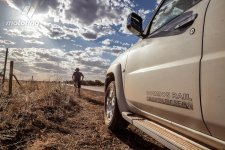 Australia_fence_patrol_1.jpg