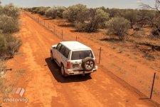 Australia_fence_patrol_2.jpg