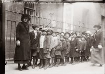 loc-orphans-lined-up-to-go-to-national-horse-show-1913.jpg