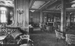 Saloon_on_the_Titanic_2.jpg