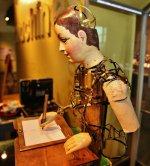 Henri_Maillardet_automaton,_London,_England,_c._1810_-_Franklin_Institute_-_1.jpg
