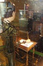 Henri_Maillardet_automaton,_London,_England,_c._1810_-_Franklin_Institute_-_2.JPG