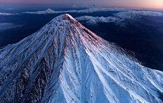 Volcano_2.jpg